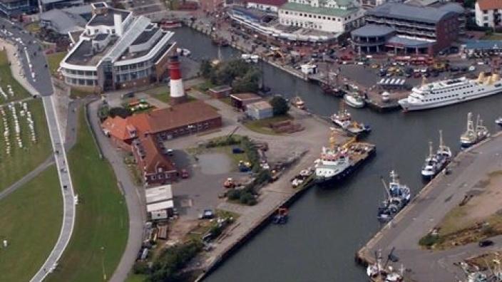 Hafenansicht Hafenbecken I ( Museumshafen )
